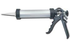 600mm CAULKING GUN